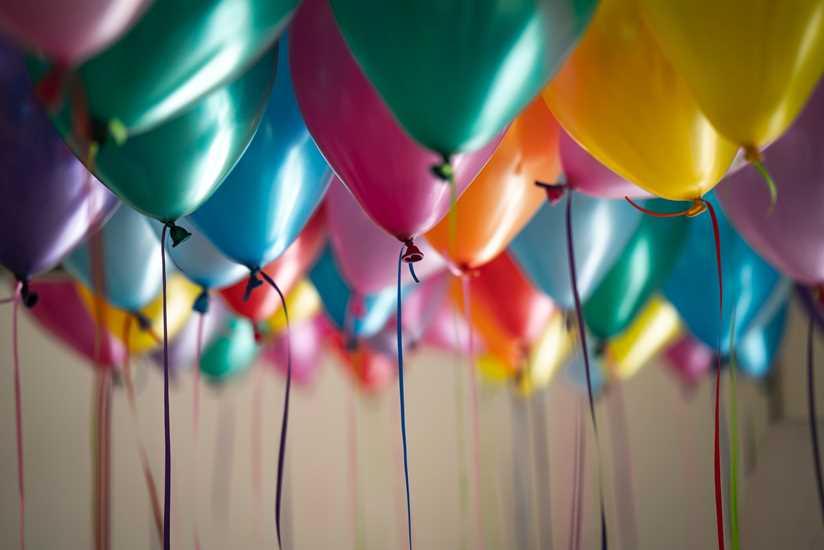 Cómo organizar un viaje sorpresa para un cumpleaños